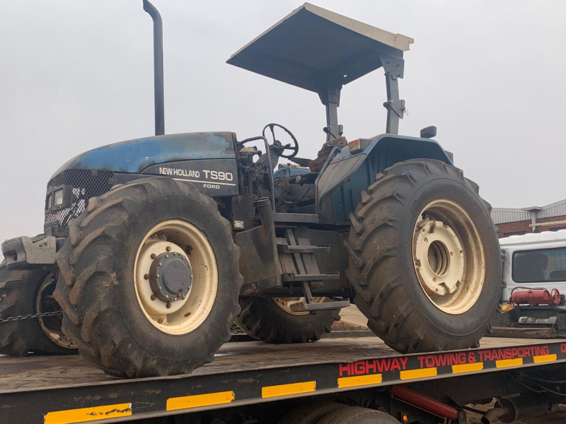 New Holland TS90 4X4 Tractor