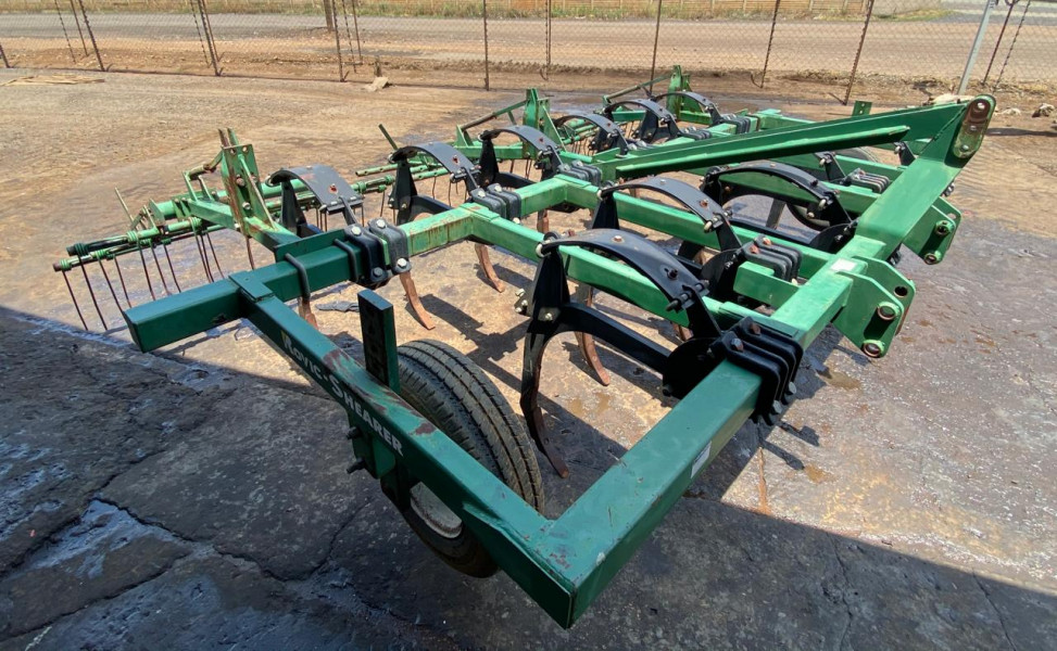 Rovic Super 18 7 Tyne Chizel Plough