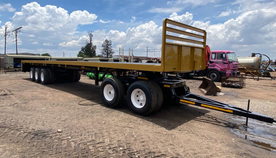 Trailer triple axle with dolly 15m
